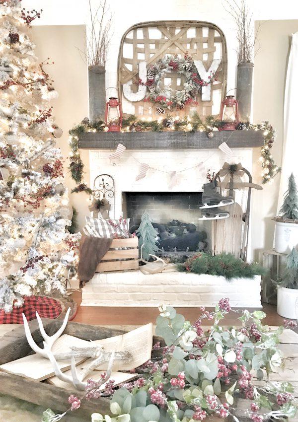 Deck the Blogs – A Christmas Home Tour