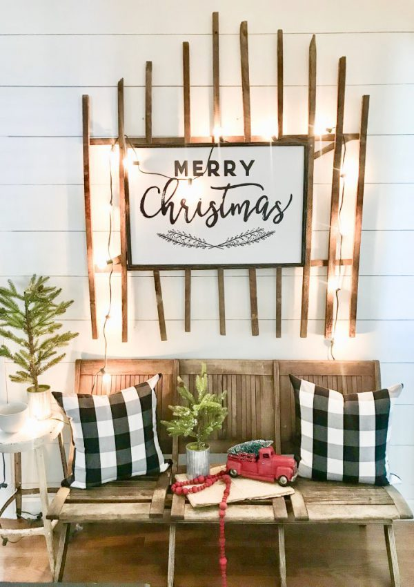merry Christmas sign on wooden gate