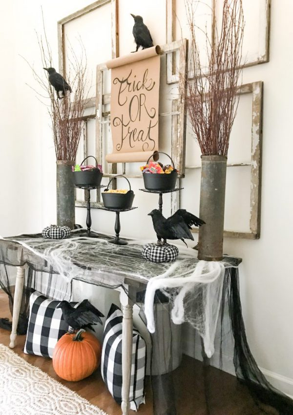 Halloween entryway table