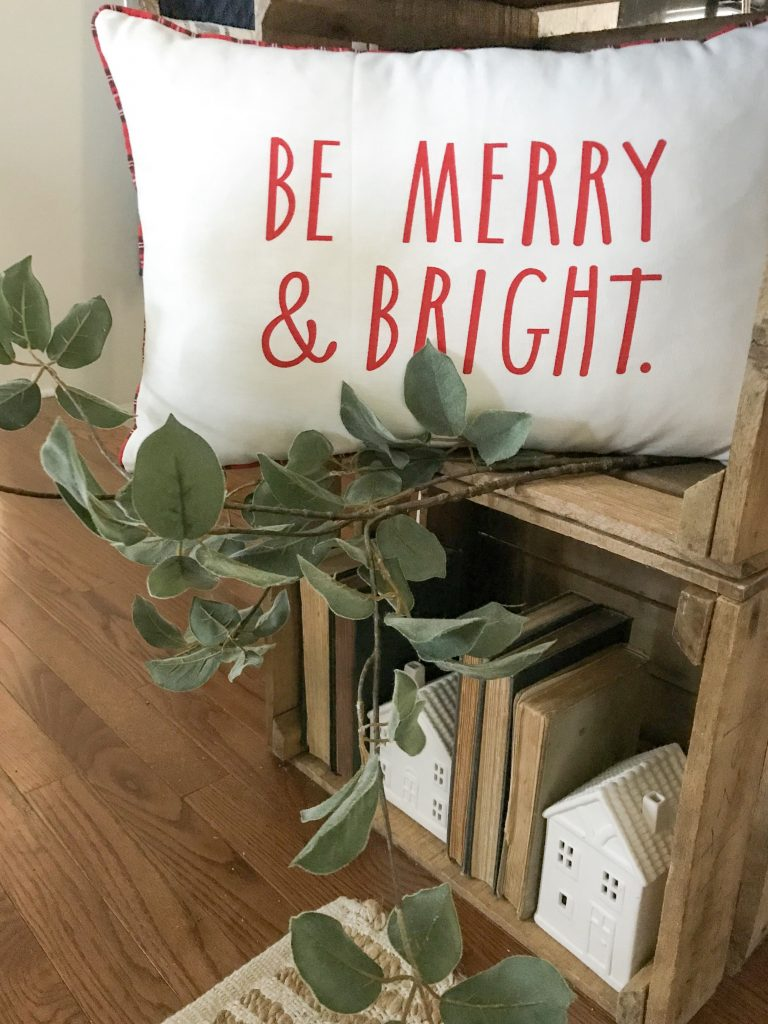 Be Merry & Bright pillow