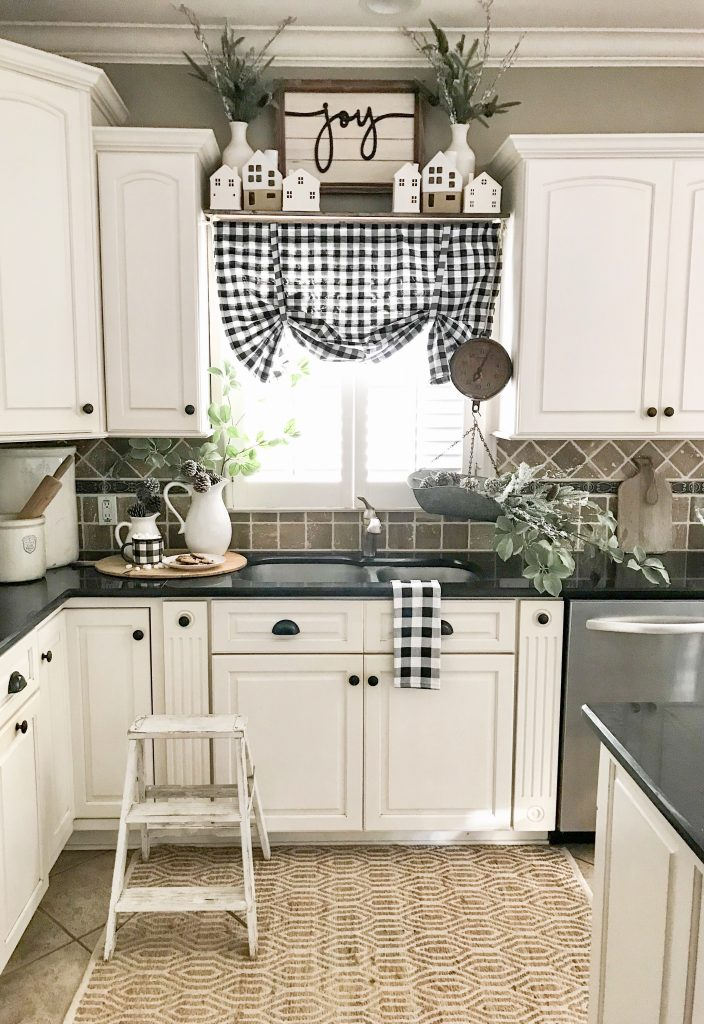 Kitchen sink space with Christmas decor
