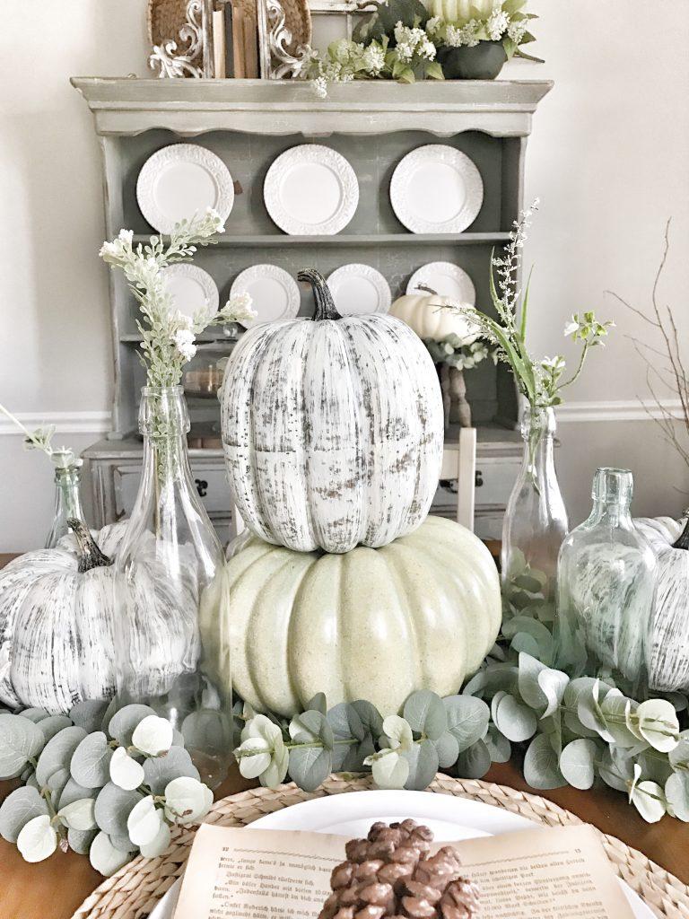 fall dining room centerpiece