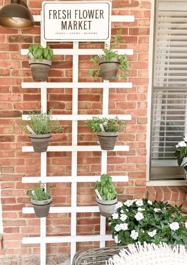 Simple DIY Wall Herb Garden