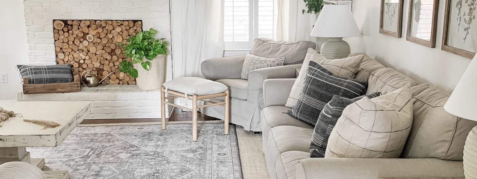 New Printed Rug + Spring Living Room Tour