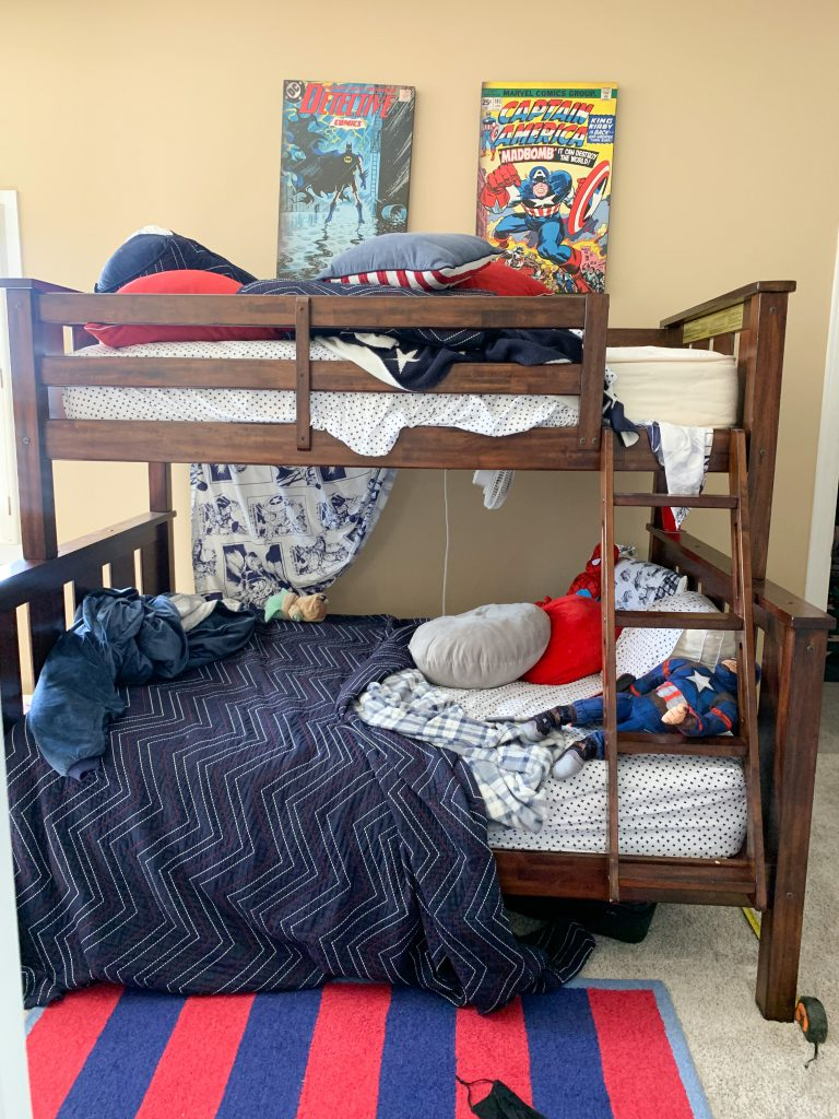 bunkbed with messed up bedding