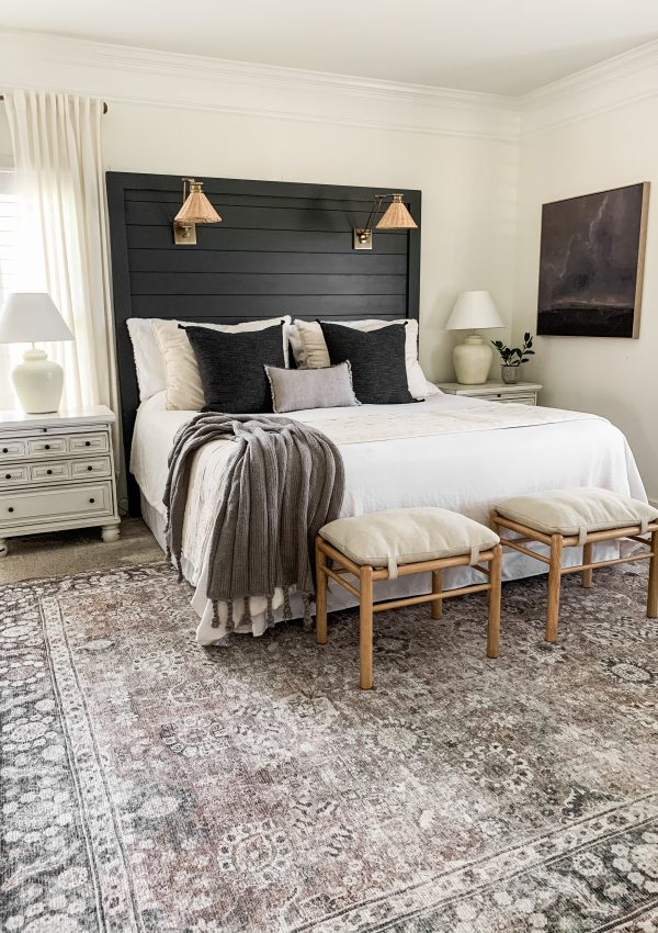 4 Ways To Add Moody Tones To Your Neutral Space